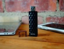 ถ่ายโอนข้อมูลแบบไร้สายด้วยแฟลชไดรฟ์ Wireless Stick