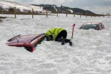 ปาฎิหารย์!!! หนุ่มติดอยู่ในรถจมหิมะนานกว่า 2 เดือน รอดชีวิตมาได้