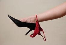 11 สถานการณ์ที่คุณไม่ควรใส่กางเกงในจีสตริง