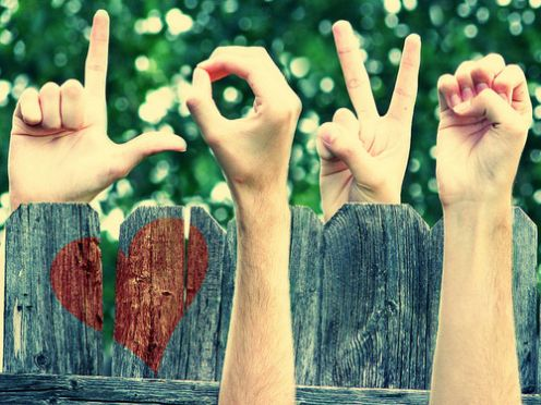ความรักในช่วงเด็กวัยรุ่น พร้อมกับความรู้สึกที่ผู้ปกครองน่าจะมีความแน่ชัด