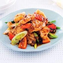 ปลาผัดพริกไทยดำเต้าซี่