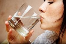 คลายเครียด ด้วยการดื่มน้ำ