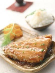 ปลาแซลมอนย่างซอสเทอริยากิ