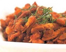 ไก่ผัดพริกแกงไข่แดงเค็ม