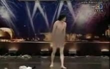 ฮือฮาอีก!หนุ่มใจกล้าโชว์เต้นถอดเสื้อผ้าออกTGT!!!