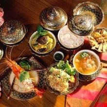 ตำรากับข้าว เล่มแรก ของไทย