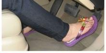 เลือกรองเท้าให้เหมาะสม เพิ่มความปลอดภัยในการเดินทาง