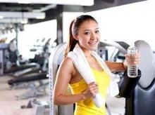 ดื่มน้ำเย็นขณะออกกำลังกาย