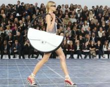 ล้ำๆ กับ Hula Hoop Bag จาก Chanel