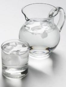 รู้เปล่า? ยิ่งดื่มน้ำเย็น… ยิ่งร้อน เพราะอะไร !!