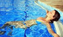 เตือน!! อันตรายจาก คอรีน ในสระว่ายน้ำ