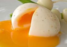 ต้มไข่ไม่ให้เปลือกแตกร้าว