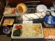 10 อันดับอาหารบนเครื่องบินที่ดีที่สุดในโลก