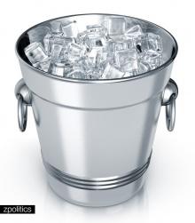 ICE Bucket Challenge ทำไมต้องเทถัง น้ำแข็ง?