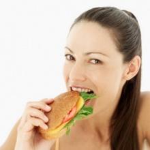 เลิกซะ! 4 อาหารยิ่งทาน ยิ่ง แก่ ก่อนวัย