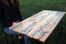 เจ๋ง!! วิธีสร้าง โต๊ะไม้เรืองแสง สุดครีเอท ราคาสบายกระเป๋า