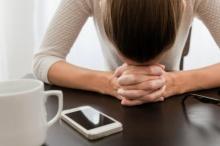 คุณพระ!! เด็กหญิงอายุ 12 ปี พยายามวางยาพิษแม่ 2 ครั้ง แค่เพราะโดนยึดไอโฟน!!!