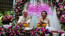 รักไร้พรมแดน เฒ่าออสซี่ 74 ยกขันหมากขอ แม่เฒ่าไทยวัย 66