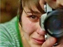 ผู้หญิงคนนี้ถ่ายภาพไป ร้องไห้ไป  ลองมาดูภาพที่เธอถ่าย...