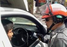 ตำรวจมีสิทธิ์ยึดใบขับขี่หรือไม่? เรื่องที่หลายคนสงสัย