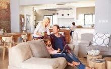 วิธีทำให้บ้านเย็น ประหยัดแอร์ (ในยุคที่ต้องแคร์ค่าไฟ)