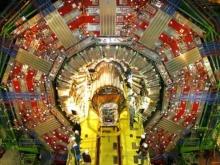LHC ไขความลับจักรวาลหรือหายนะของมวลมนุษย์