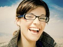 นักวิทยาศาสตร์คิดแว่นให้ผู้ใช้ปรับได้ แว่นทั้งสาย ตาสั้นและยาว