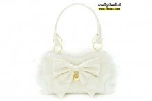 กระเป๋าขาวสิ สวยหรู