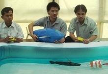 นักวิจัยไทยโชว์หุ่นยนต์ปลาว่ายน้ำได้