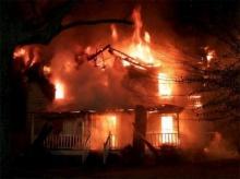 ไฟไหม้บ้าน  ดับไฟก่อน