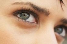 4 อาหารลดอาการตาแห้ง