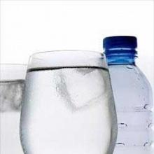 น้ำแร่และน้ำเปล่าแตกต่างกันอย่างไร