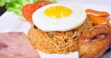 อาหารไทย แต่ทำไมถึงไปใช้ชื่อต่างประเทศ !? มาดูคำตอบกันเลย….