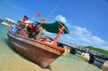 เกาะสีชัง :ทะเล วัง และศรัทธา ชีวิตชีวาของทะเลอ่าวไทย