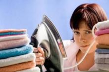 จัดว่าเด็ด! วิธีทำให้เสื้อผ้าเรียบโดยไม่ใช้เตารีด ในนาทีฉุกเฉิน!