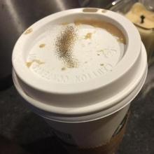 ขุ่นพระ!!! อ๊วกแทบพุ่ง เมื่อเจอเจ้าตัวนี้..อยู่ในแก้วกาแฟ!!!
