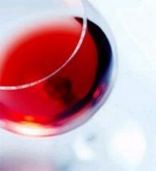 ดื่มไวน์วันละนิดป้องกันโรคสมองเสื่อม