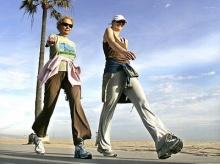 เดินทั้งวัน ต่างกับเดินออกกำลังกายอย่างไร