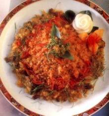 ข้าวผัดเผ็ดปลาฟู