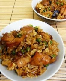 ข้าวผัดกระเทียมไก่เทอริยากิ