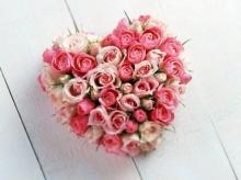 จำนวนดอกกุหลาบ บอกความหมายแห่งรัก