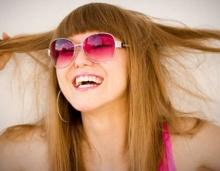7 เหตุผลที่ผู้หญิงคิดหย่าสีผมเดิม