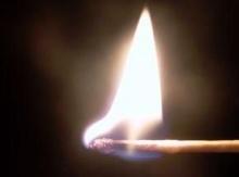 ทำไมหัวไม้ขีดถึงติดไฟ