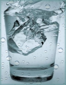 ดื่มน้ำเมื่อท้องว่าง ดีอย่างไร?