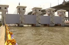 กรมชลฯ ระบุยังเหลือน้ำค้างทุ่งกว่า 4 พันล้าน ลบ.ม.ที่ต้องจัดการ