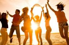 10 สิ่ง ควรรู้ก่อนไปพักร้อนกับเพื่อน ๆ