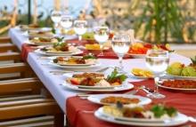 อาหารที่ไม่มีควรมีในงานแต่งงาน