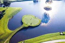 รู้จัก ไอส์แลนด์กรีน หลุมกอล์ฟที่ดังที่สุดในโลก