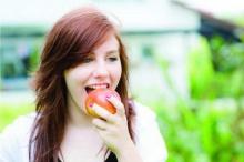 8 อาหารมหัศจรรย์ เพื่อฟันสวย