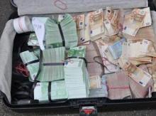 อึ้ง ตำรวจกลายเป็นโรบินฮู้ด ปล้นเงินราว 15 ล้านบาท นำเงินไปช่วยผู้คนอดอยาก
